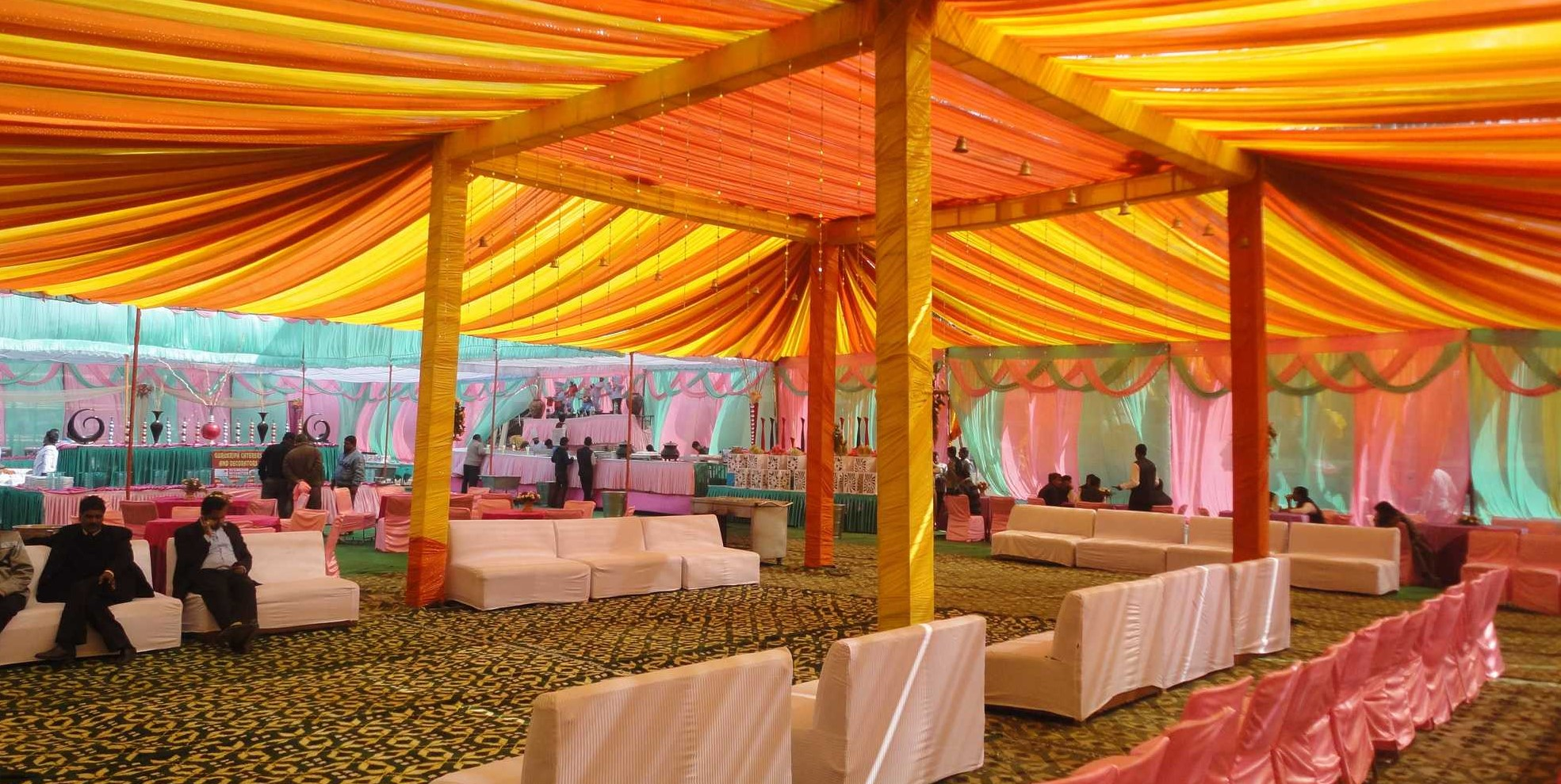 Affordable High Quality & Stable Tent for rent in Rohini