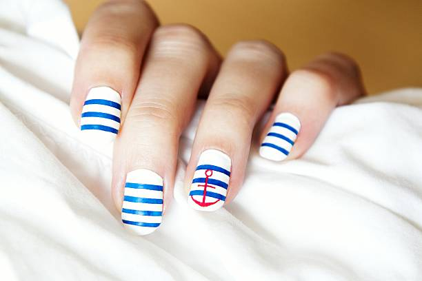 Simple classy patterned nail art designs images