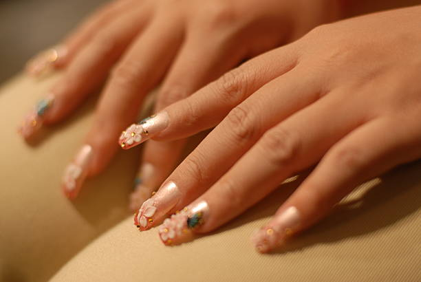 floral effects nails images