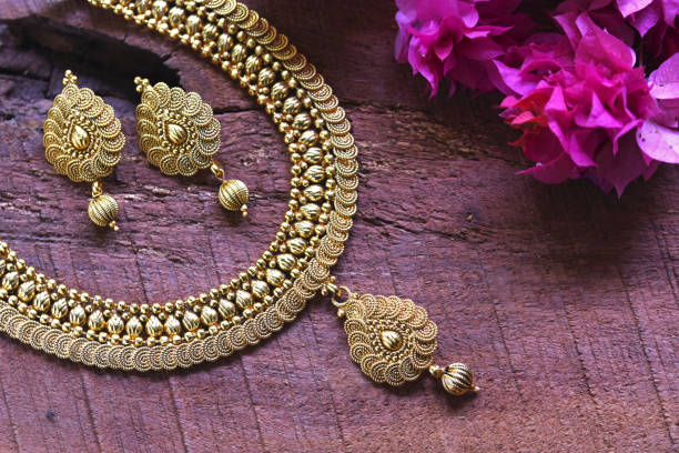 traditional necklace design for bride