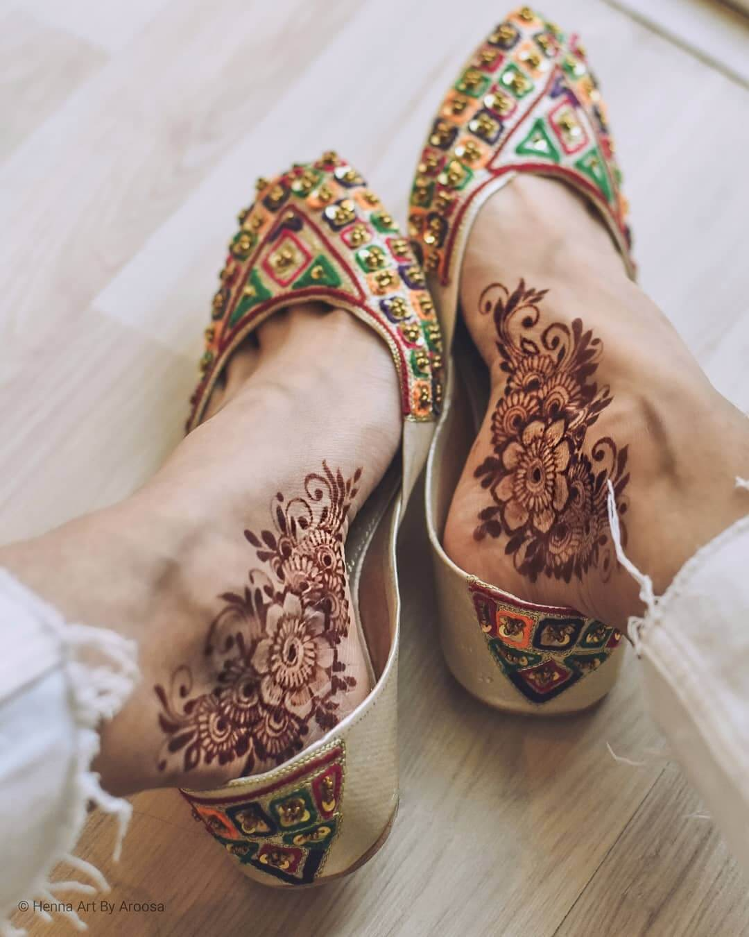 Modern Ankle foot mehndi design