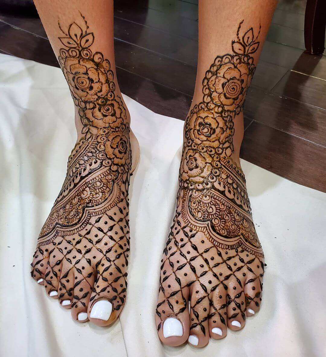 Floral Feet Mehandi Design for Bride