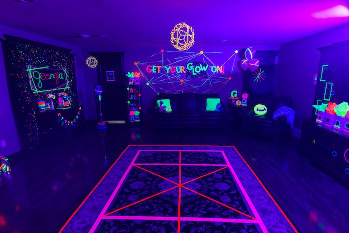 theme - ideas for freshers party