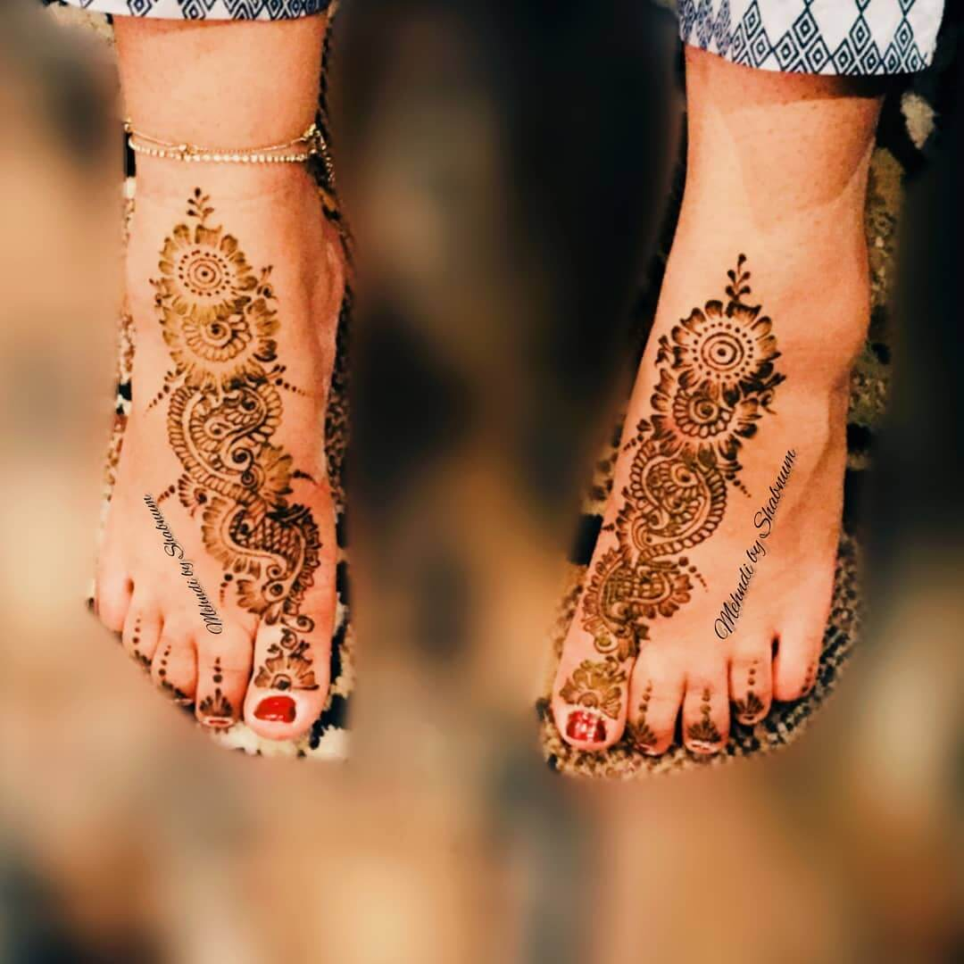 Gujrati Mehndi Design for bride