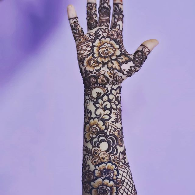 marriage full hands mehndi design for bridal